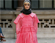 伦敦时装周| Molly Goddard 2019 秋冬成衣