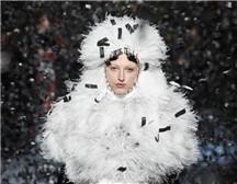 伦敦时装周| Richard Quinn 2019 秋冬