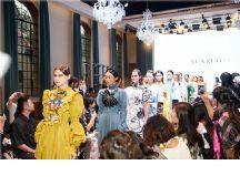古建筑里的一场华丽复古大梦―XUNRUO熏若 2020春夏 衡复艺术中心时装秀
