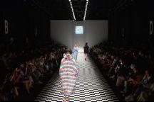 AW21上海时装周 DAY3|色彩斑斓,时尚持续绽放异彩