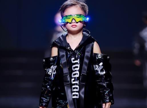 JOJOKIDS携东方神话之哪吒系列,亮相2021西南国际少儿时装周