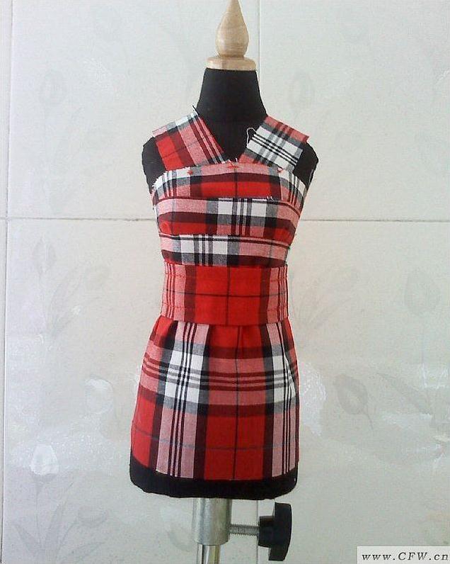 格子连衣短裙