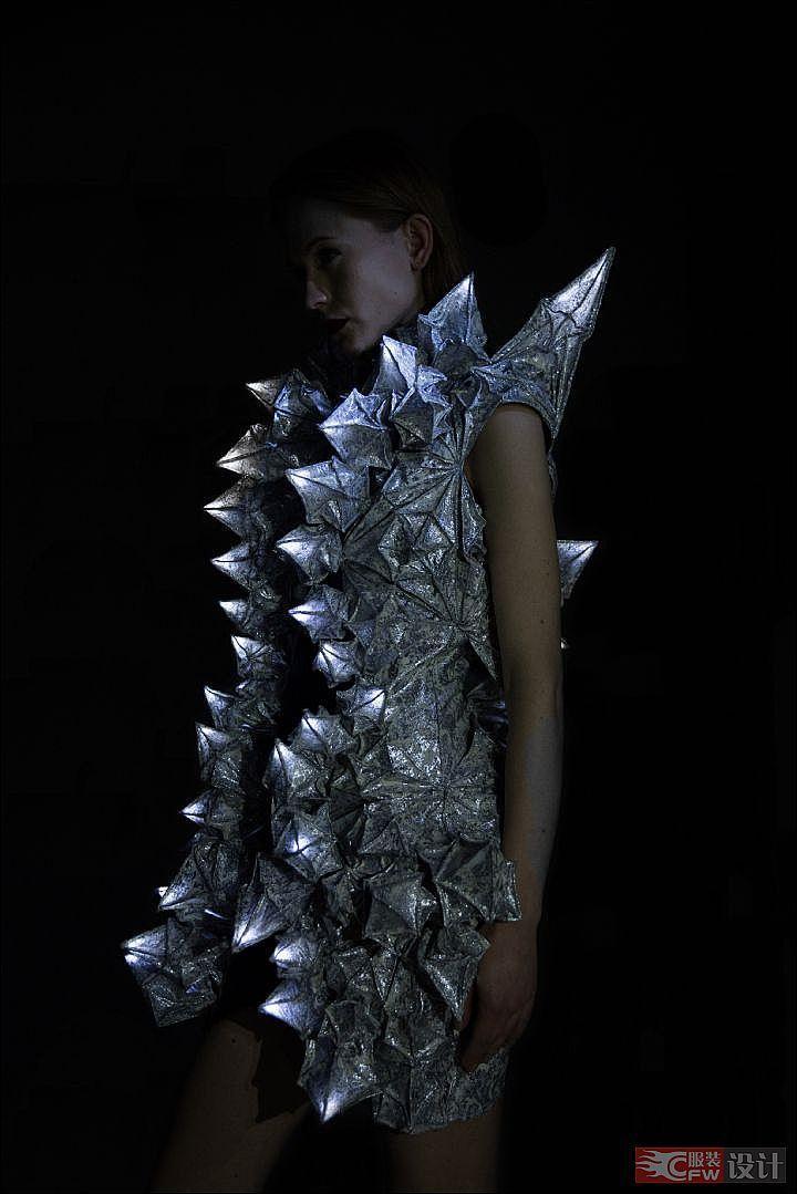 服装海洋仿生-其它设计设计-服装设计