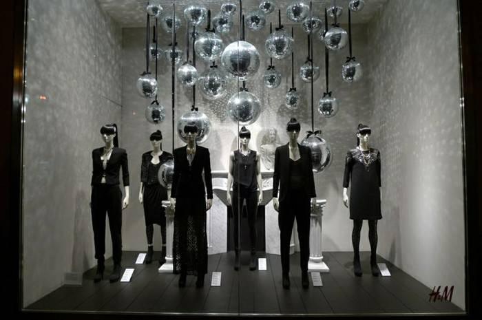 卖场陈列设计橱窗设计 服装展示作品-卖场陈列设计橱窗设计 服装展示