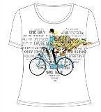 T恤图案设计字母女生