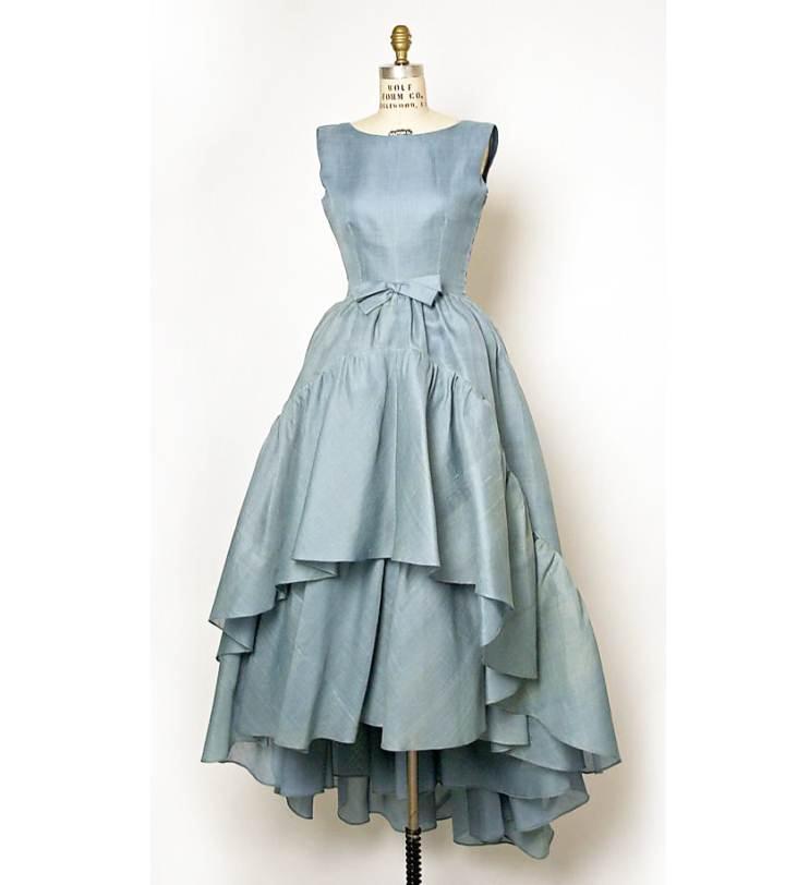 小礼服成衣-婚纱礼服设计-服装设计
