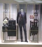 男装陈列卖场橱窗