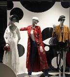 卖场时装陈列