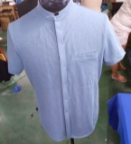 衬 衫、T 恤