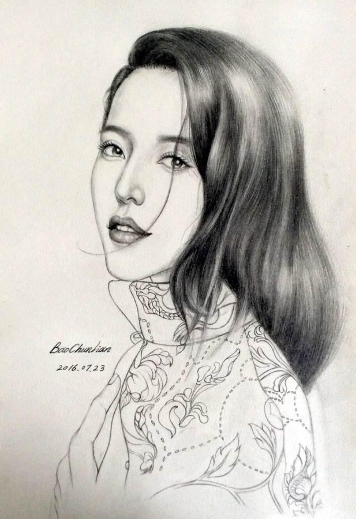 铅笔杏花手绘图