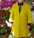 女士中年双面绒大衣