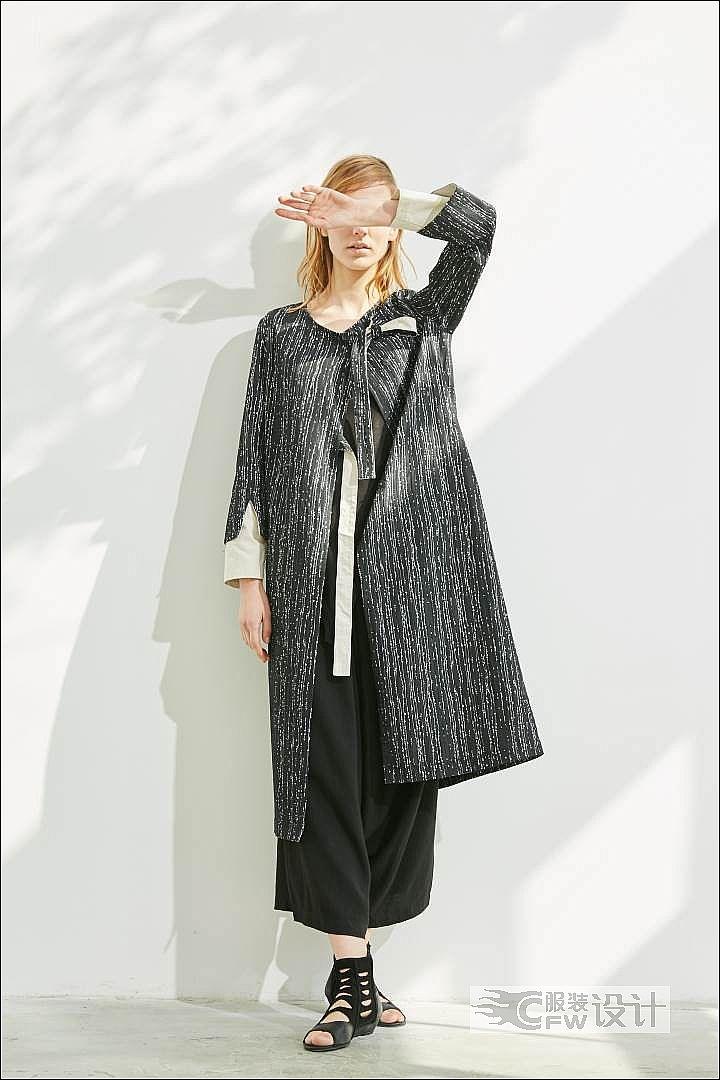 色织雪尼尔绑带外套作品-色织雪尼尔绑带外套款式图