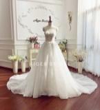新款婚礼主纱