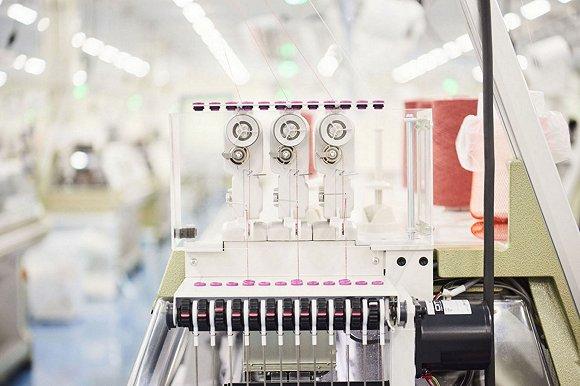 优衣库如何用3D编织的针织衫讲个新故事?0.jpg