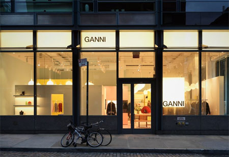 共享时代下 Ganni与Levi\'s联手推出衣服出租服务