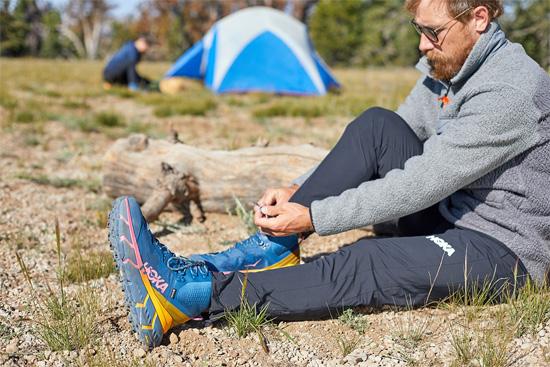 鞋履品牌HOKA ONE ONE、Nike近期推出新款