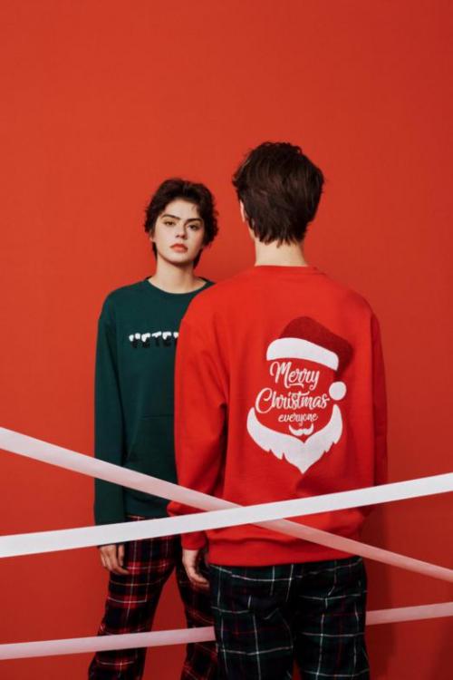 VETEMENTS圣诞羽绒服卫衣