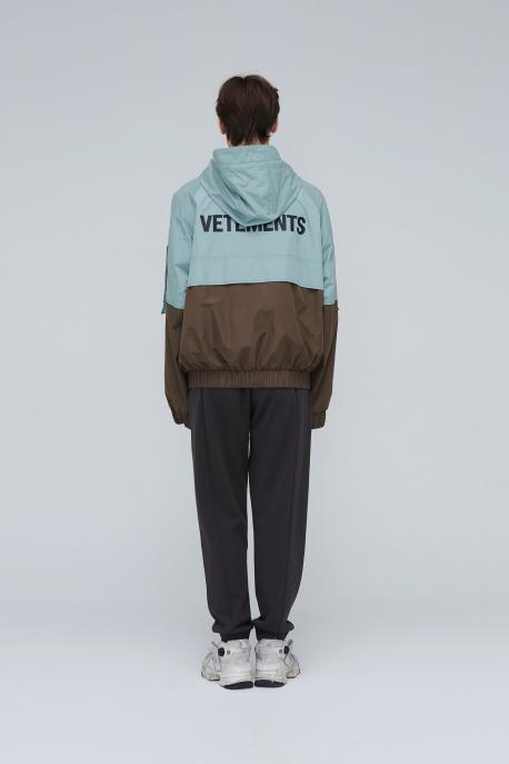Vetements棕绿拼色冲锋衣