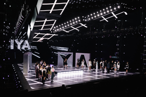 "ITIB×521 Via Fan Festival,与VAVA共同展示了""最时尚""的""我的新衣服"""