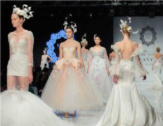 进驻购物中心 网红婚纱店争夺全球800亿市场份额