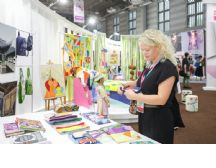 2018首届世界布商大会与会嘉宾走进柯桥纺织产业