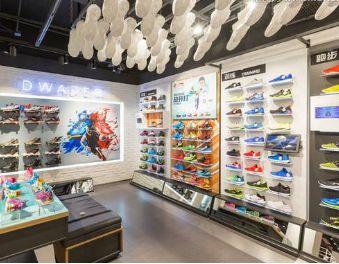 除耐克上海001 这些运动品牌也在魔都开设了全新旗舰店