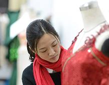 未来5年中国纺织服装服饰行业的影响因素