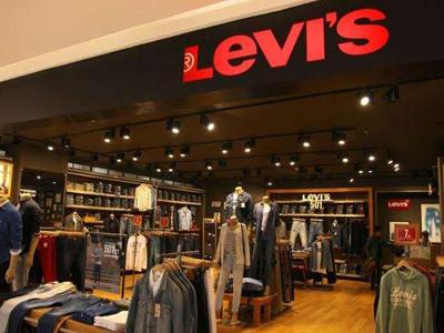 牛仔裤鼻祖李维斯在纽交所挂牌上市 发行价每股17美元