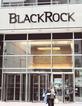 Eurazeo撤资Moncler BlackRock入股成第二大股东