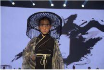 2020常熟国际时装周 金剪刀·棠吟上演武侠大秀